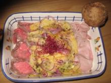 Mango-Zwiebelsalat mit Rostbeef - Rezept