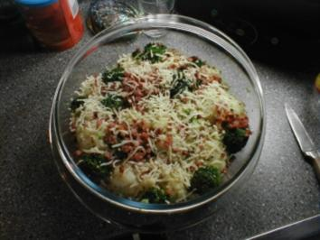 Rezept: Brokkoli-Blumenkohl-Gratin mit Speckwürfel