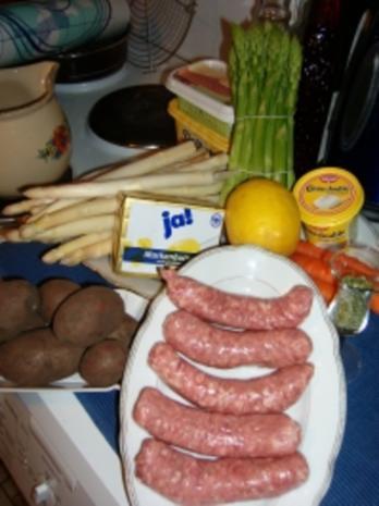 Spargelragout mit Fleischklöschen - Rezept