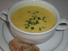 Irische Pastinaken-Apfelsuppe mit kräftigem Walnuss-Baguette - Rezept