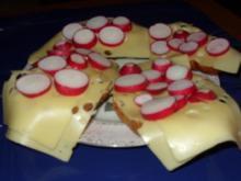 Käsebrötchen mit Radischen - Rezept