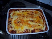 Bechamel-Lasagne mit Hackfleisch und Kidneybohnen, scharf - Rezept