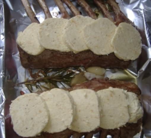 Lammrücken mit Kräuterkruste - Rezept