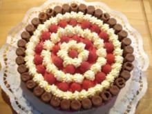 Waffelröllchen-Himbeer-Torte - Rezept