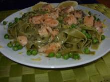 Pasta mit Lachs-Zitronensoße-grüne Bandnudeln mit Erbsen - Rezept