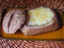 Käsefondue im Roggenbrötchen - Rezept