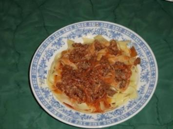 Pappardelle mit Tomatensoße al Angelina - Rezept