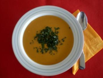 Suppe aus roten Linsen mit Minze - Rezept
