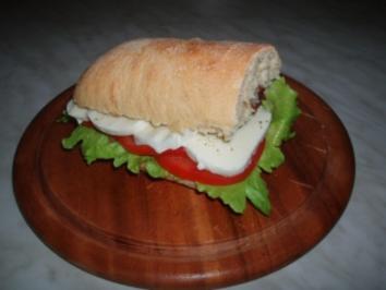 Tomaten-Mozzarella-Sandwich - Rezept
