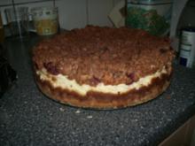 Quark-Mascarpone Torte mit Kirschen und Schokostreuseln - Rezept
