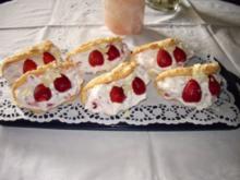 Torten: Biskuitomeletts mit Erdbeeren - Rezept
