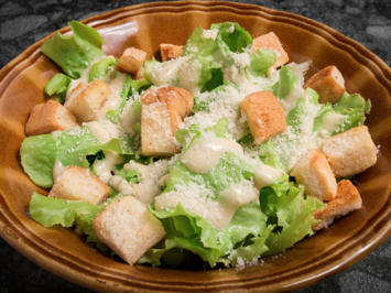 Simple Caesar Salad dressing - Rezept - Bild Nr. 2