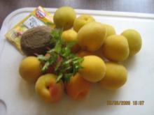 Aprikosen-Kiwi-Konfitüre mit Minze - Rezept