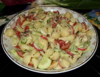 Rezept: Sommerlicher Nudelsalat a la Linda