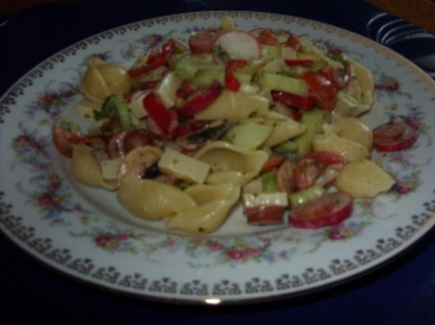 Sommerlicher Nudelsalat a la Linda - Rezept - Bild Nr. 8