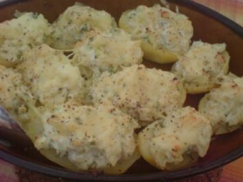 Gefüllte Kartoffeln mit Quark und Frühlingszwiebeln - Rezept