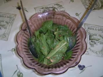 Grüner Salat in Paprika-Sahnedressing - Rezept