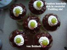 Dessert: Trauben kuscheln sich in zweierlei Pudding ein! - Rezept