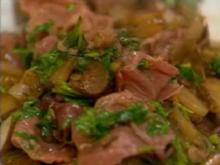 Gebratener Parmaschinken mit Kapern und Gewürzgurken - Rezept
