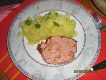 Zwiebelfleischkäse mit Kartoffelssalat - Rezept