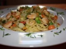 Fettucine mit  Gemüse und Scampi´s - Rezept