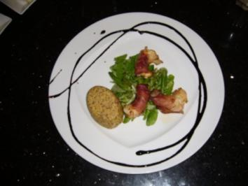 Hummerkrabben im Speckmantel auf Feldsalat mit Polentascheiben in Sesam - Rezept