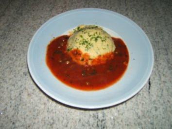 Polenta mit Tomatensauce - Rezept