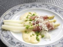 Spargel mit Rohschinken dazu Sauce Hollandaise und Meerrettich - Rezept