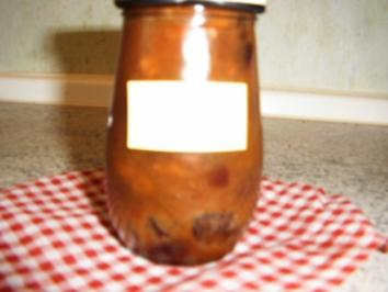 Rhabarbermarmelade mit Walnüssen - Rezept