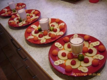Apfel - Bananen - Carpaccio mit Powerballs - Rezept