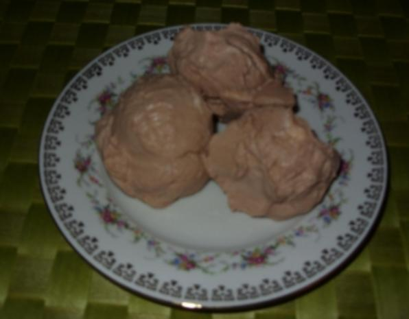 Joghurt-Sahne-Mousse Birne-Mandel-Eis - Rezept - Bild Nr. 5