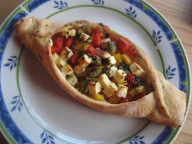 Türkische Gemüseschiffchen - Rezept