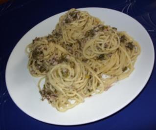 Spaghettinester mit grüner Schinkensoße - Rezept