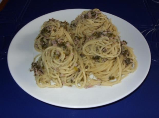 Spaghettinester mit grüner Schinkensoße - Rezept - Bild Nr. 3