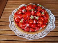 Kuchen/Gebäck ~ Sommerliche Erdbeertorte - Rezept