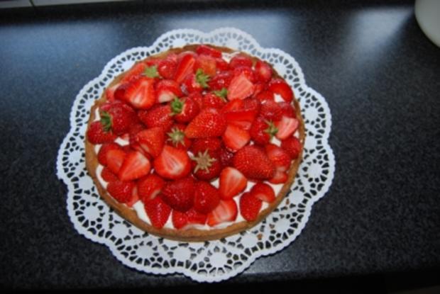 Kuchen/Gebäck ~ Sommerliche Erdbeertorte - Rezept - Bild Nr. 3
