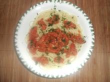 Pasta mit Thunfisch-Tomatensauce - Rezept
