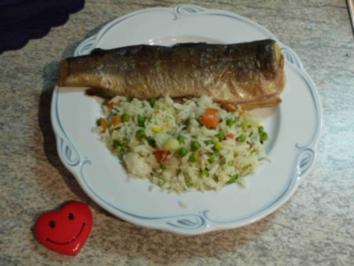 Rezept: Fisch : Geräucherte Forelle mit Gemüsereis