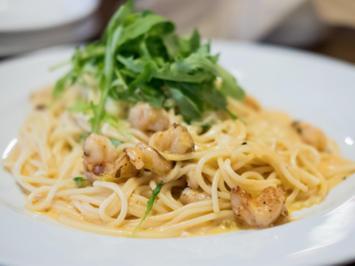 Rezept: Spaghetti mit Garnelen und Rucola