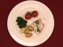 Dorade in Salzkruste mit Rosmarinkartoffeln und Blattspinat (Isabella Müller-Reinhardt) - Rezept