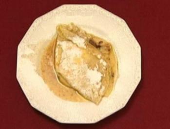 Flambierte Eierpfannkuchen gefüllt mit Topfen und Nussnougatcreme (Ernst Hannawald) - Rezept
