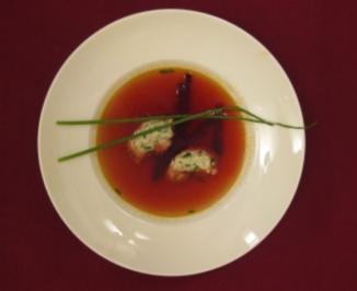 Schnittlauchnocken in Rote-Bete-Bouillon - Rezept