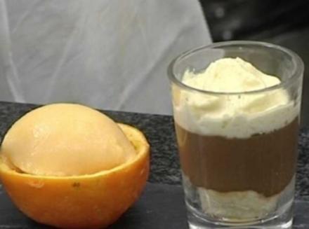 Gefüllte Orangen mit Campari-Orangenschaum dazu Espressomousse - Rezept
