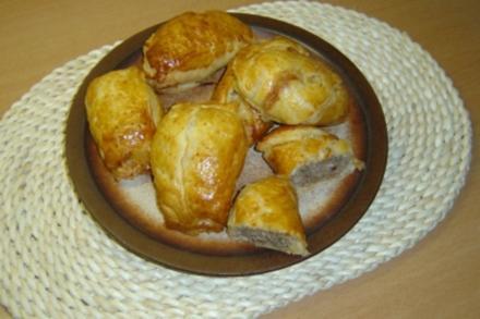 Hackfleisch-Brötchen - Rezept
