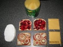 Überbackene Toasts, Camembert, Birne, Johannisbeergelee, Variante 1 - Rezept