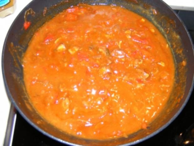 Paprikagulasch mit Minze - Rezept