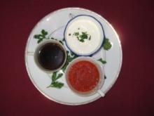 Petersilienwurzelsüppchen, Pilzessenz und Tomatensüppchen mit Brot - Rezept
