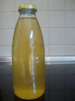 Sirup: Holunderblütensirup - Rezept