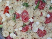 Nudel-Mozzarella-Salat - Rezept