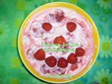Zwischengericht: Bananen-Jo-Qua mit Erdbeeren - Rezept
